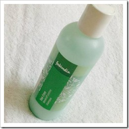 Fabindia's Tea Tree Dandruff Shampoo